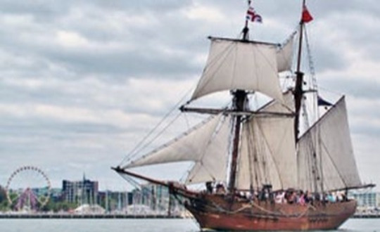 Spend an hour aboard this superb ship to gather a glimpse of life aboard an 1800's sailing vessel. Feel the ship move beneath your feet and the wind in your face.